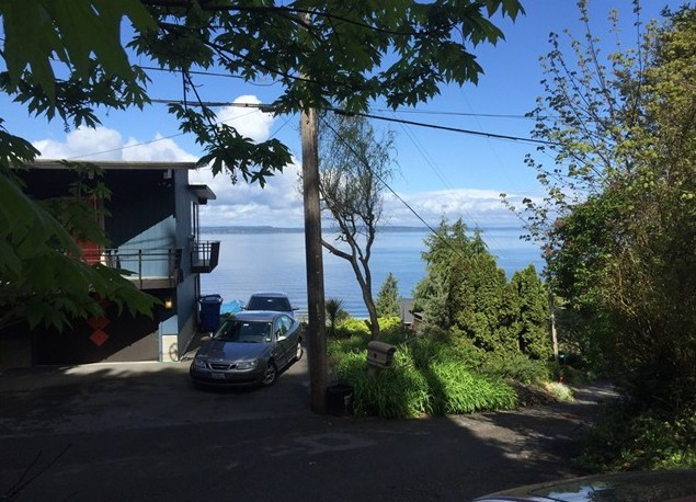 24 XX 53rd Ave SW, Seattle 98116 .jpg
