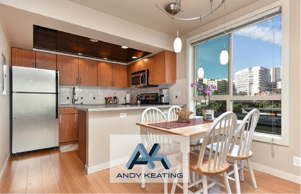 Seattle, WA Represented Seller / $370,000 905 Cherry St #402