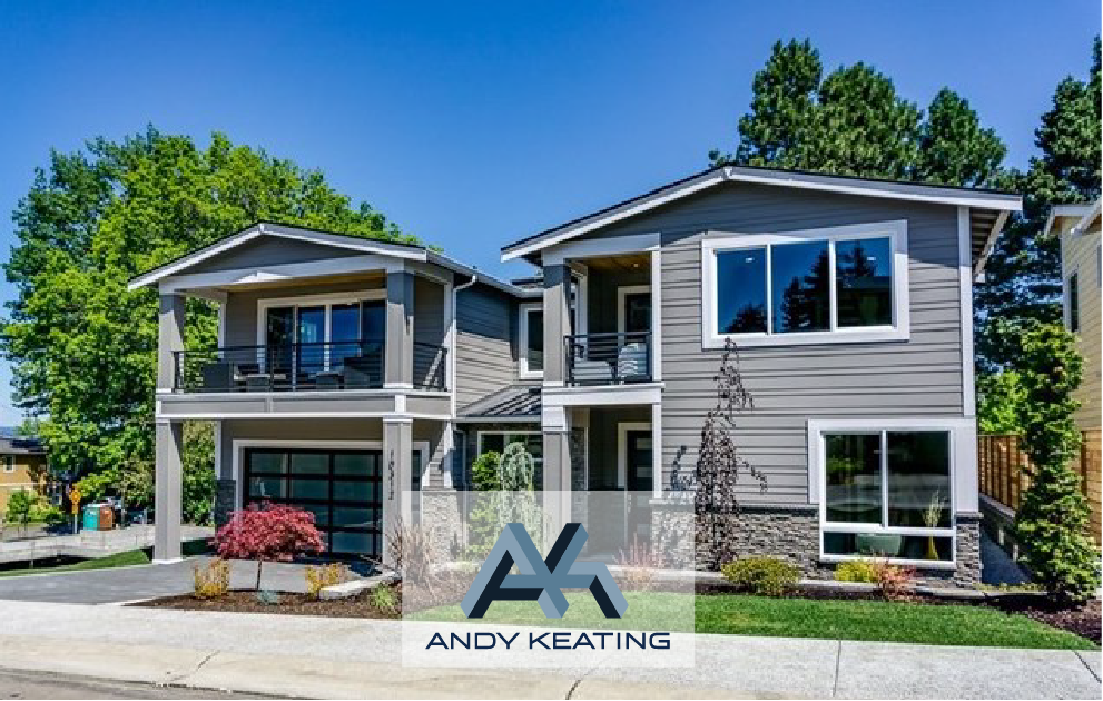 Houghton, Kirkland, WA Represented Seller / $2,000,000 10312 NE 65th Way