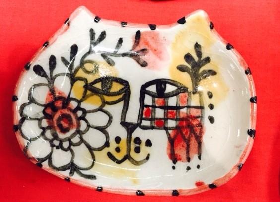 Esther Nowell cat dish.jpg