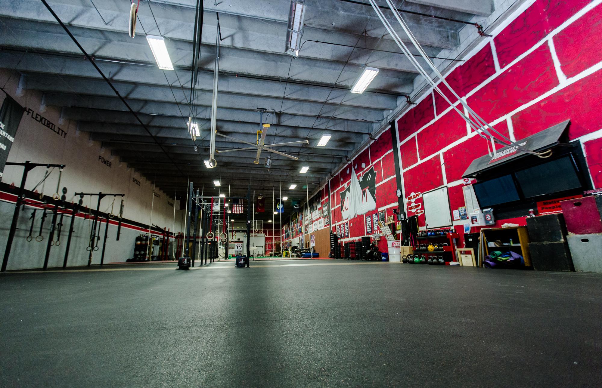 Summit Crossfit_Gym