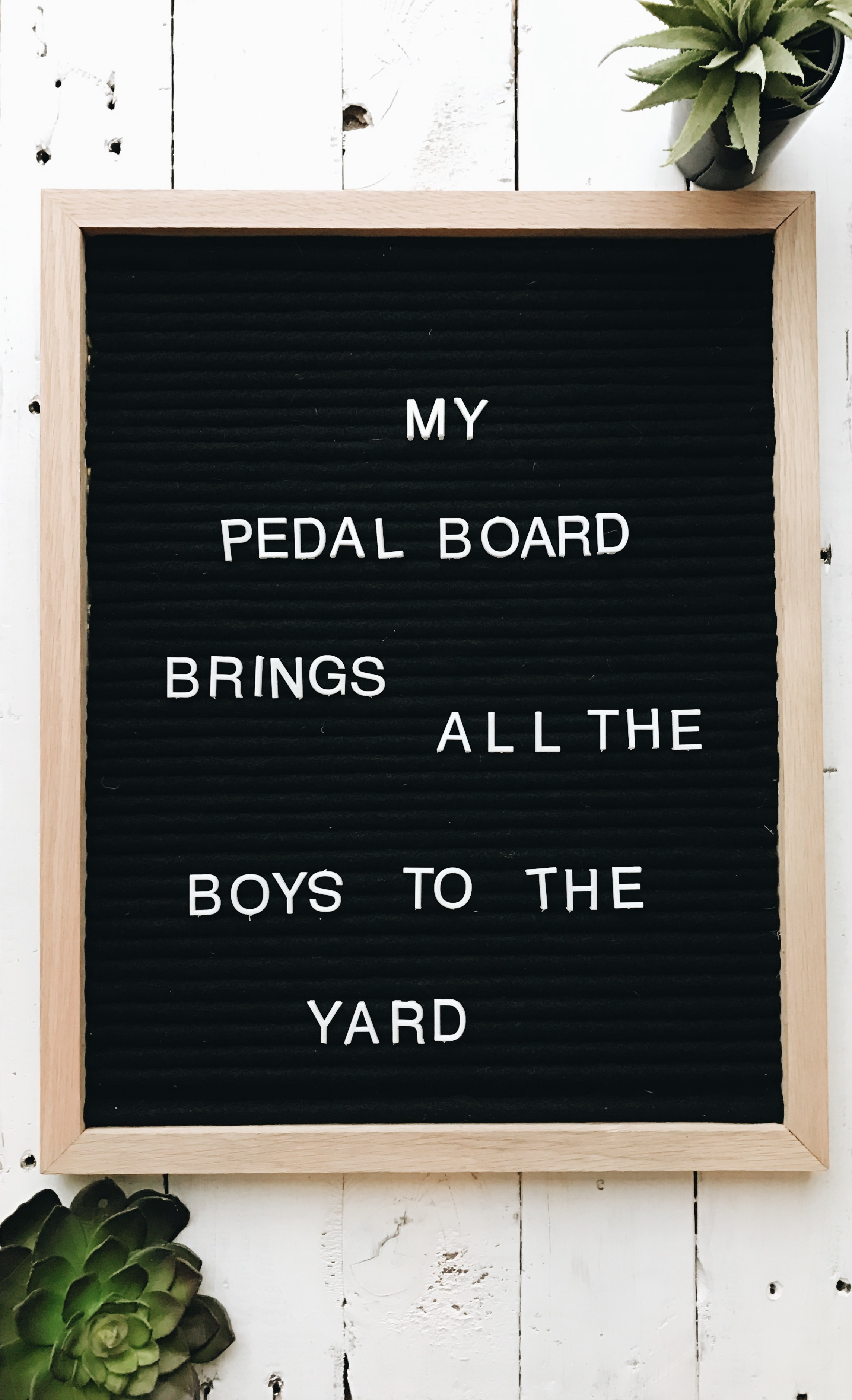 pedal board letter board