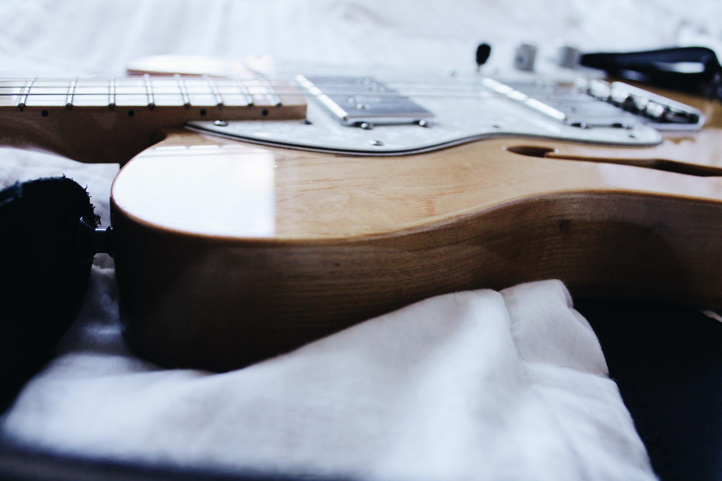 <3 Fender Thinline Telecaster