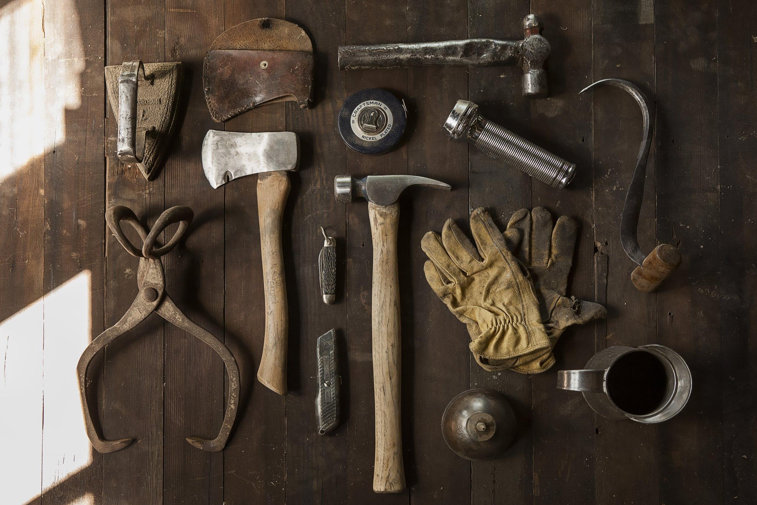 construction-work-carpenter-tools_pexels.jpg