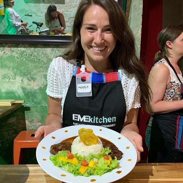 Clases de #cocinacaribeña con gente local, recetas locales e ingredientes locales junto a #hellocookly #getsemani #emekitchen #ilovecooking @hellocookly @solarcartagena @emekitchen @emelissierra