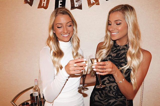 Cheers to a CRAZY year for the Luer twins. We graduated, we traveled, we followed our dreams and moved across the country. We're in love with this life and can't wait to make 2019 even better🥂✨