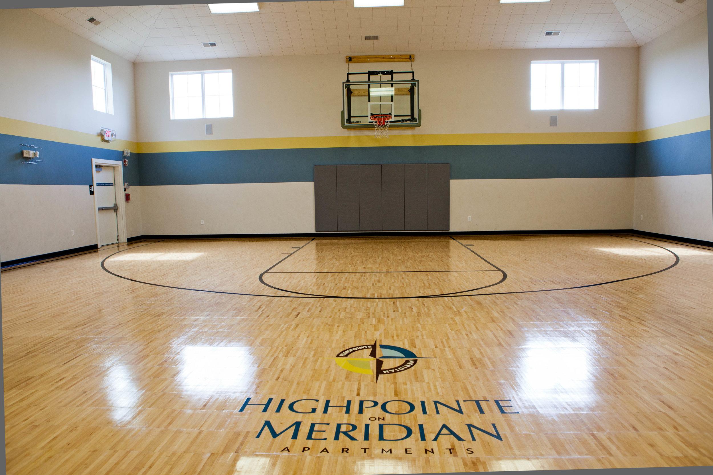 Highpointe - Basketball court (amenities).JPG