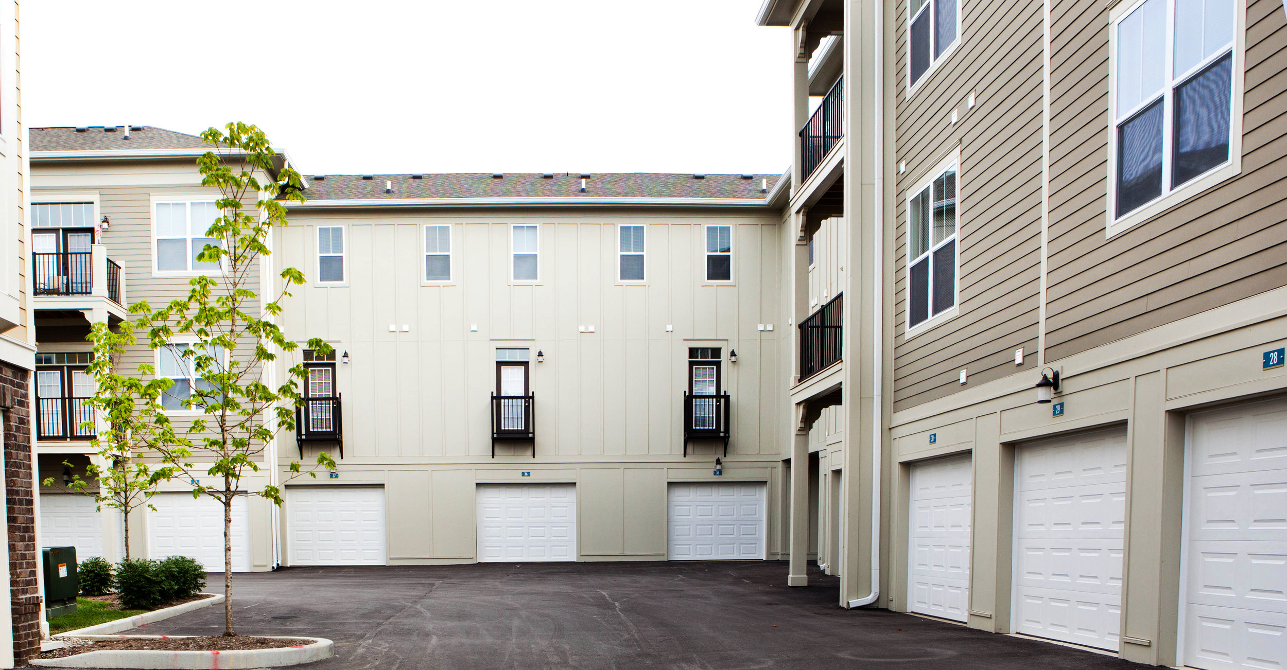 Highpointe - Atached garage (apartments).jpg