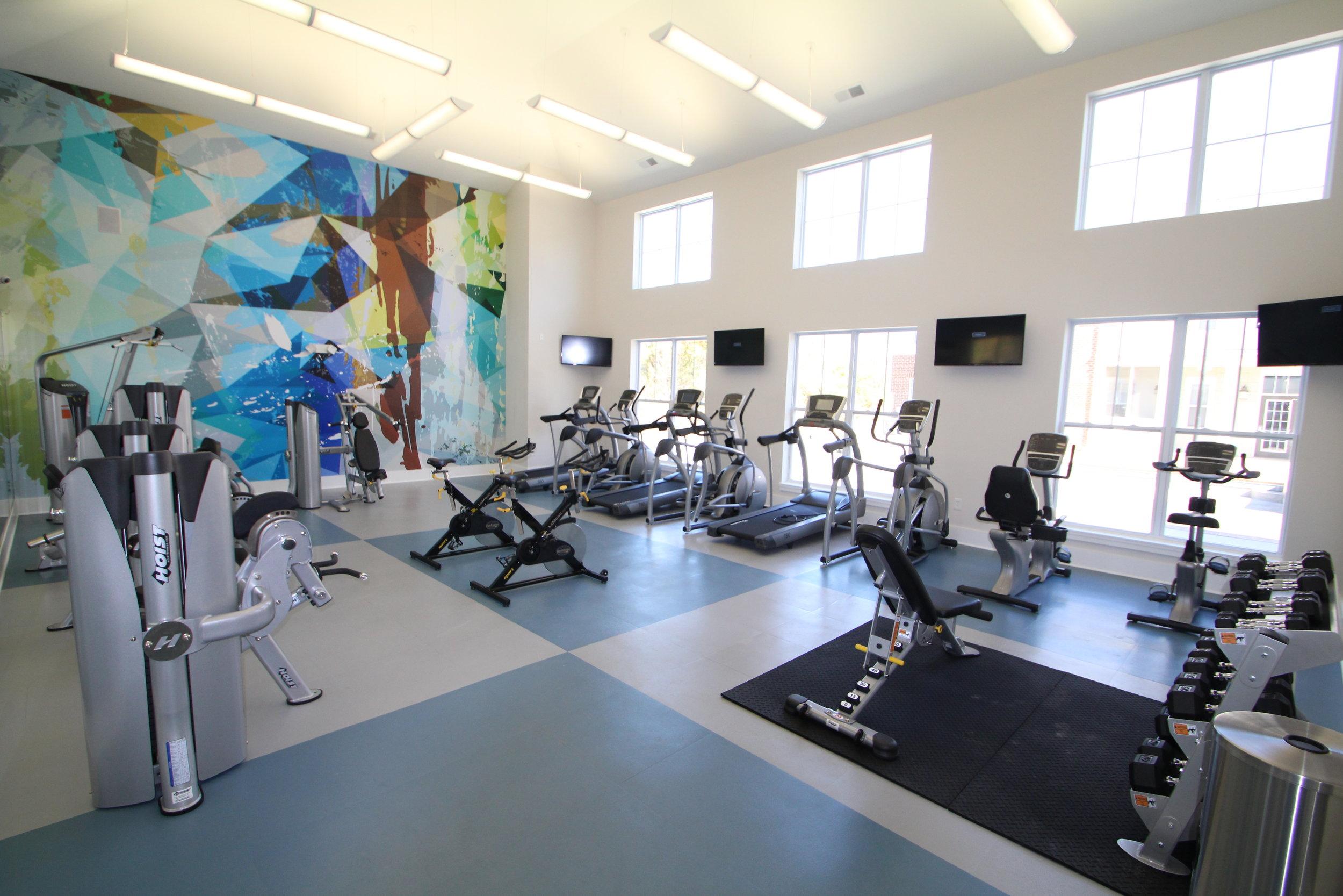 Highpointe - Workout facility 1 (amenities).JPG