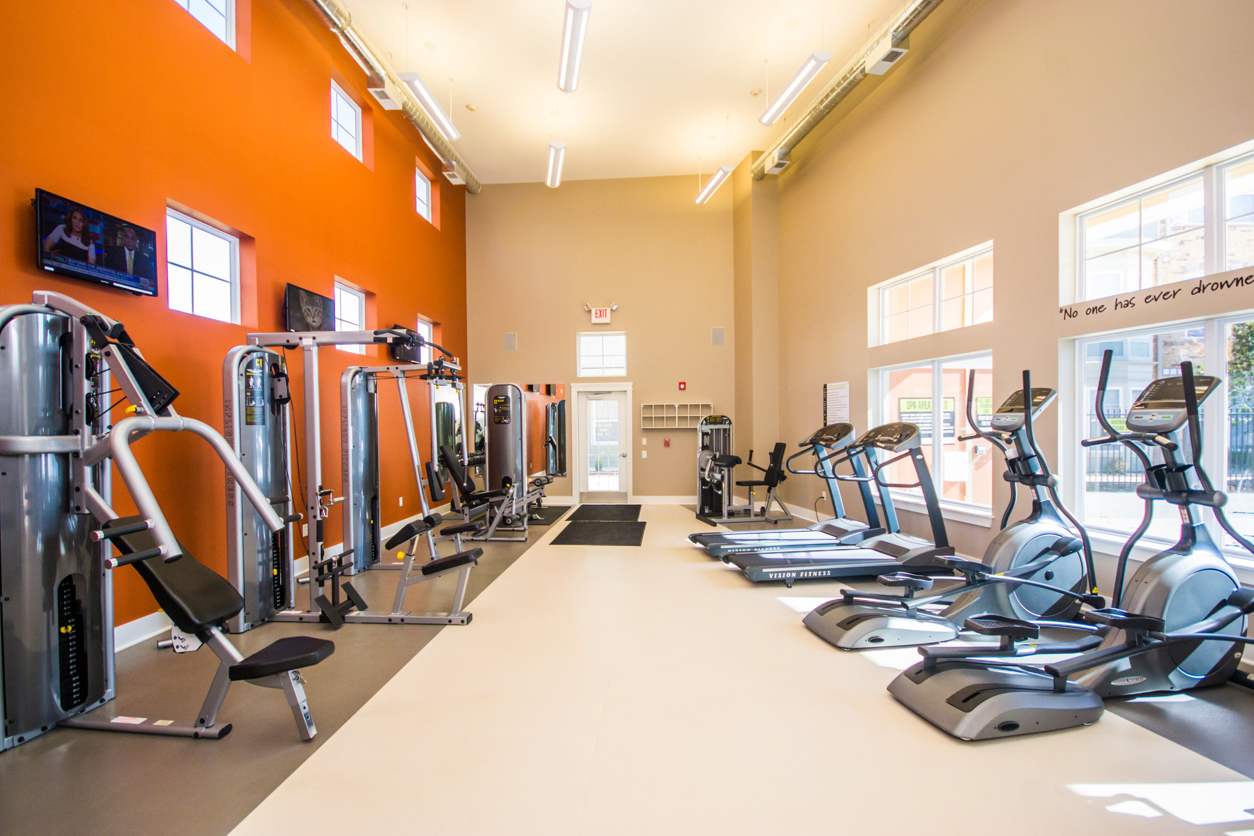 One One Six - workout facility 1 (amenities).jpg