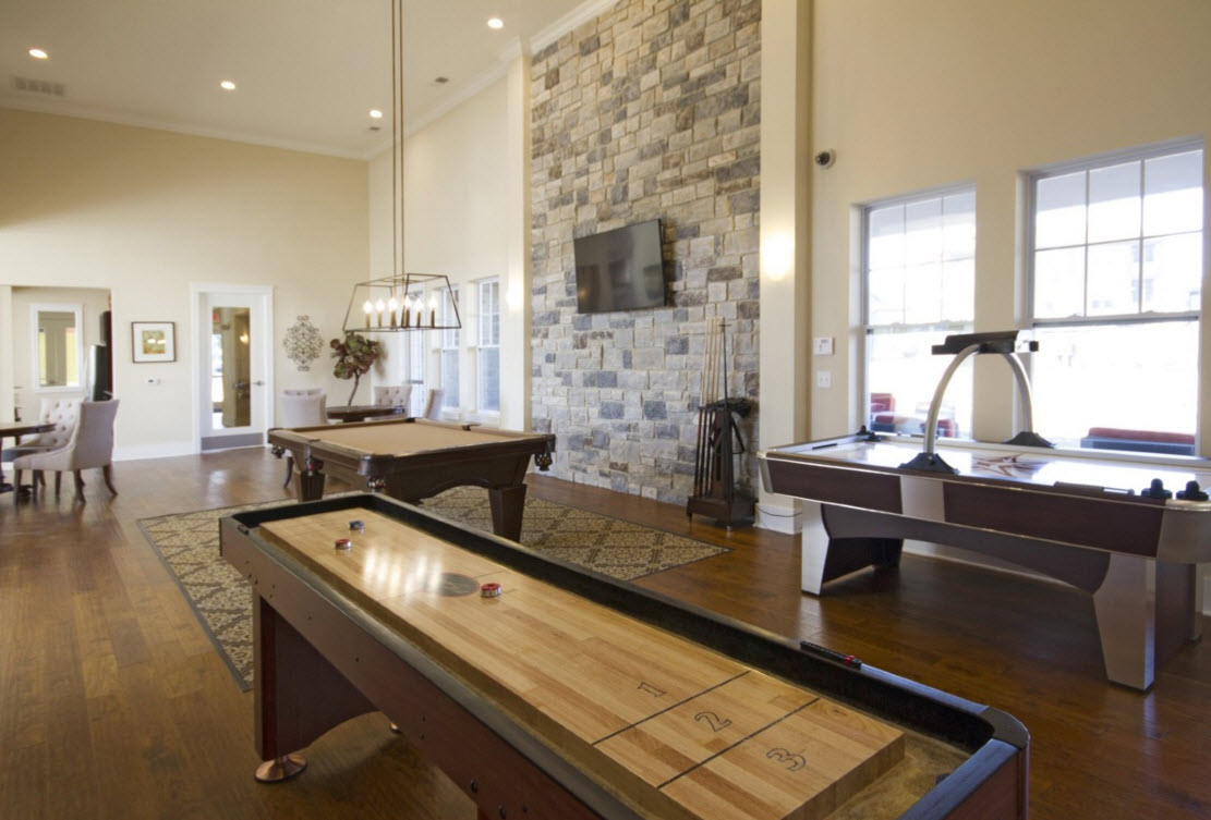 Ivy - clubhouse game room (amenities).jpg