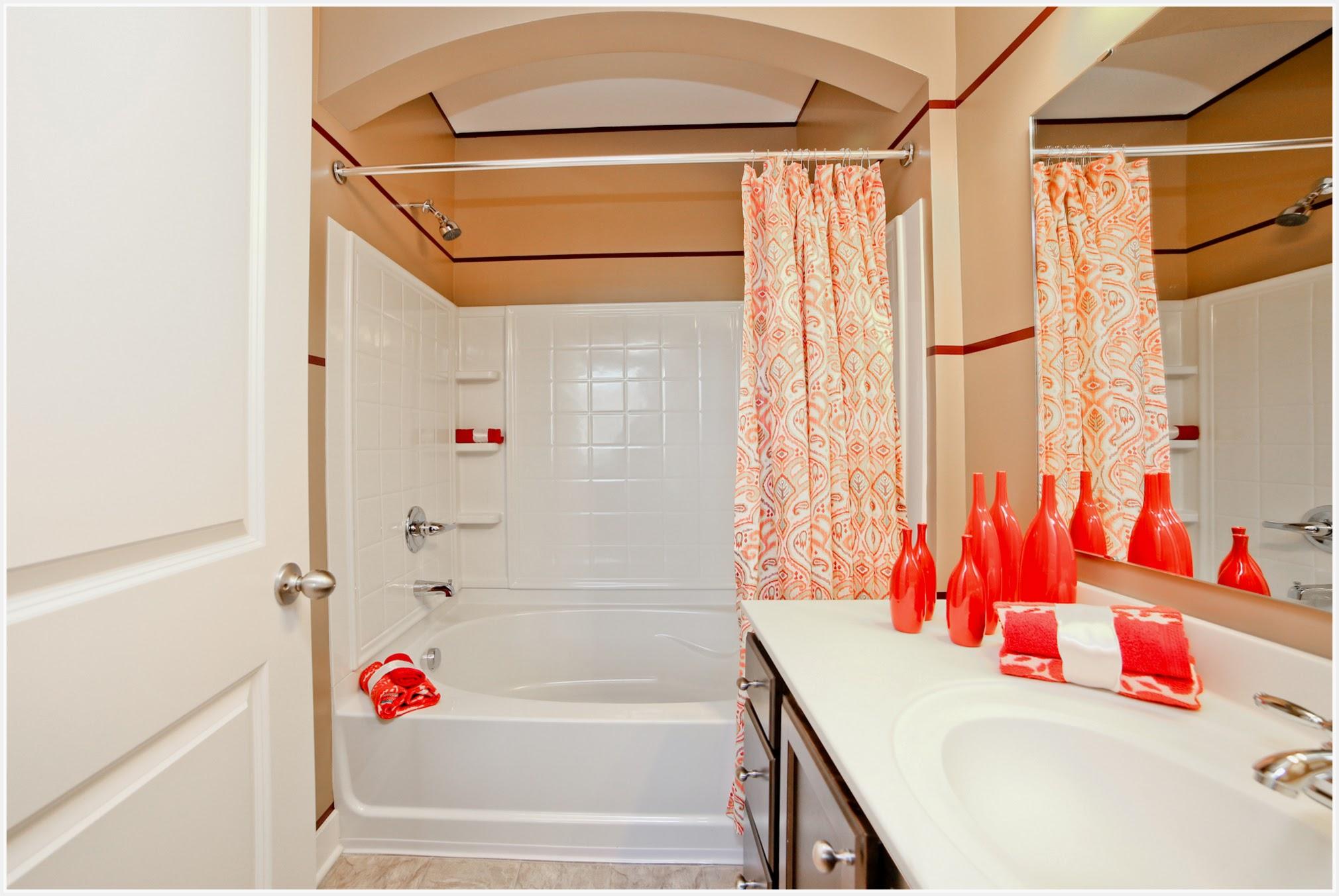 Hamilton - Model bathroom 1 (apartment).jpg