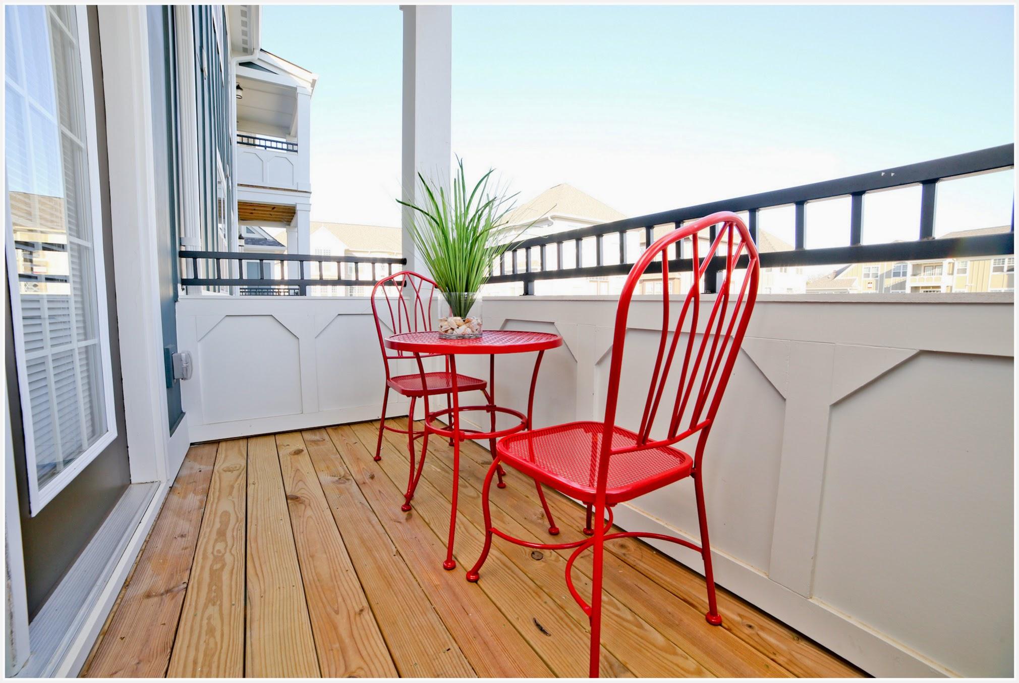 Hamilton - Model patio or balcony (apartment).jpg