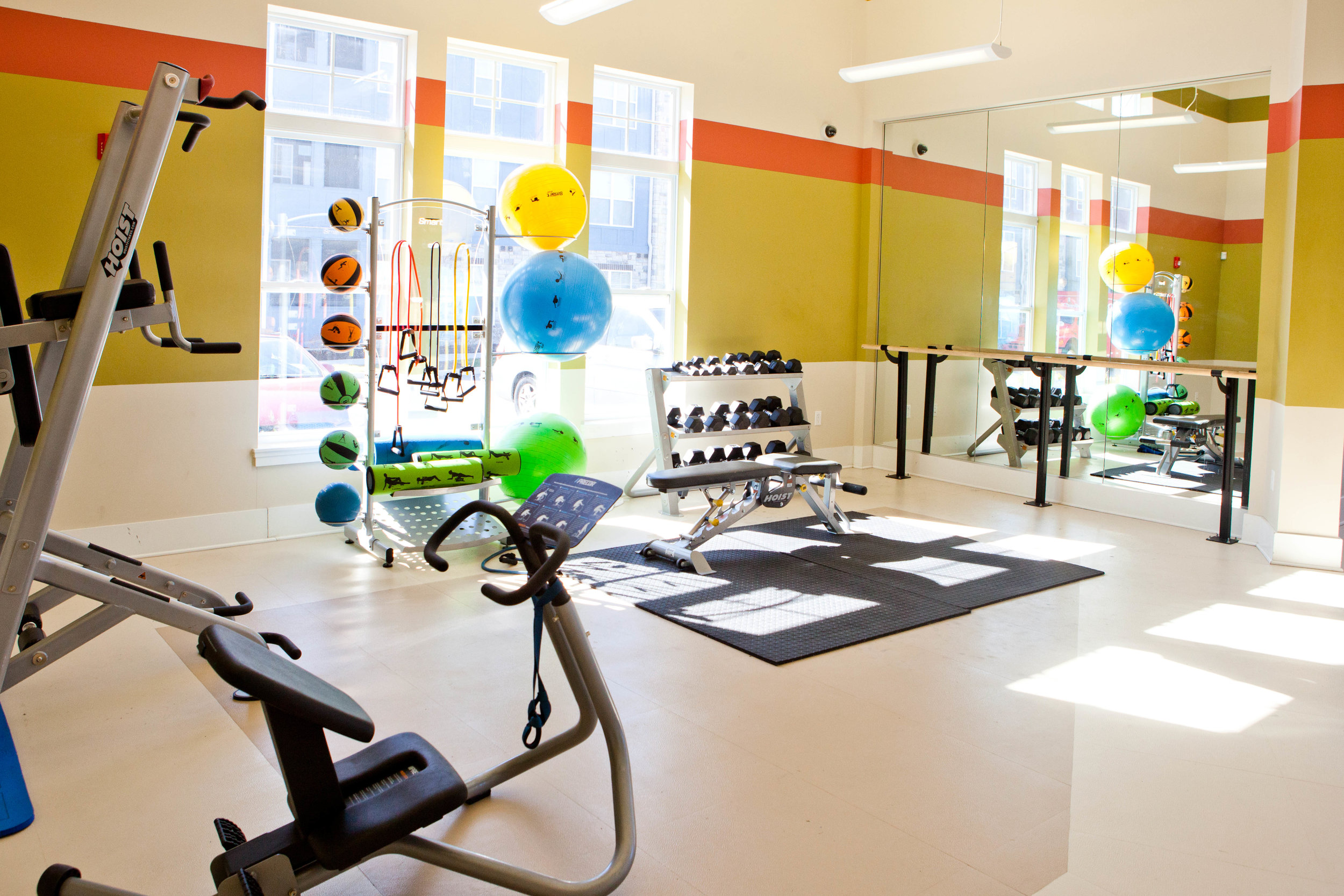 Ivy - warm-up-yoga room (amenities).JPG