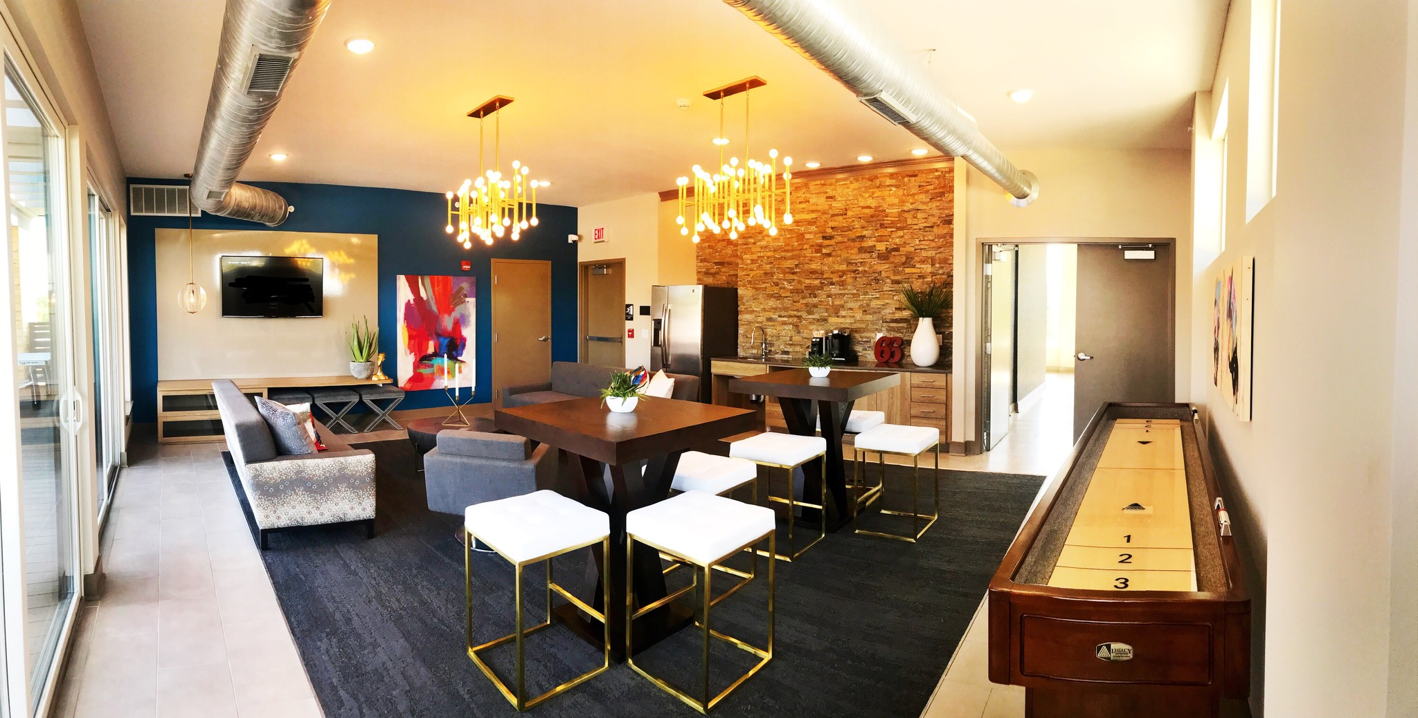 park-66-flats-indianapolis-in-resident-lounge-area.jpg