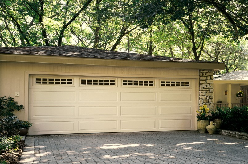 trad-steel-garage-door-MAIN-wide.jpg