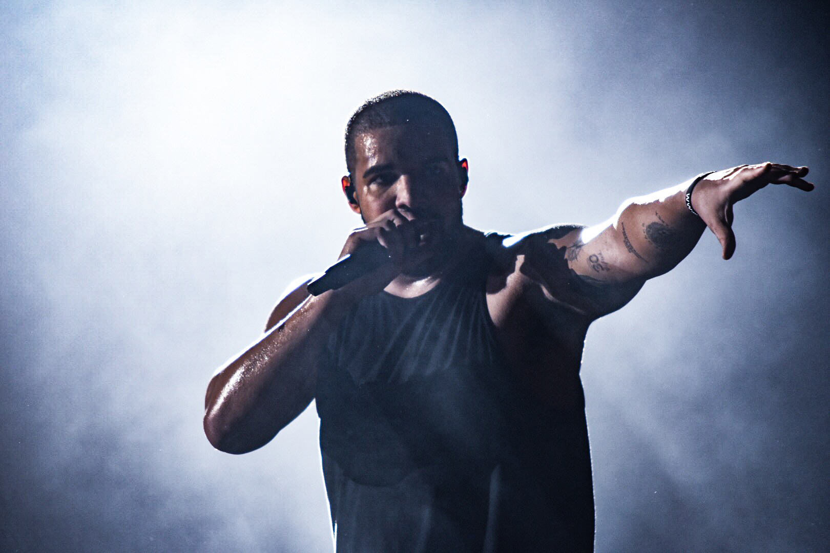 04 - Drake Performs at Glasgow's SSE Hydro as part of The Boy Meets Word Tour - 23-03-17 - Picture By - Calum Buchan Photography.jpg