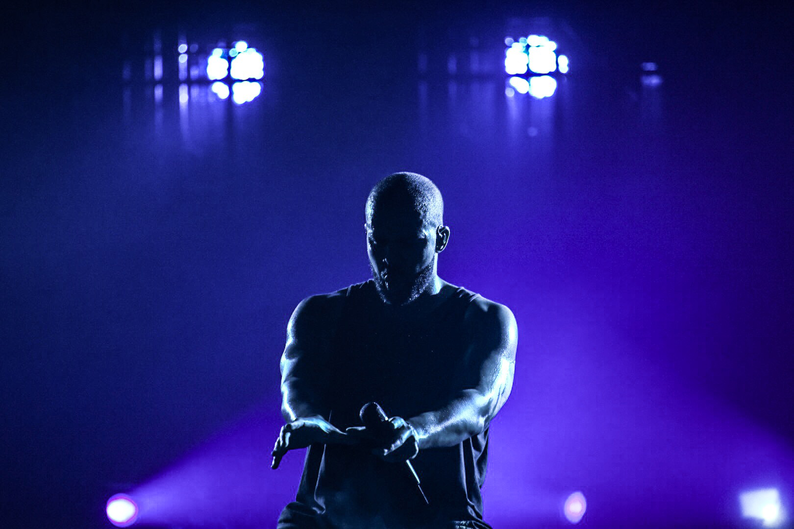 08 - Drake Performs at Glasgow's SSE Hydro as part of The Boy Meets Word Tour - 23-03-17 - Picture By - Calum Buchan Photography.jpg
