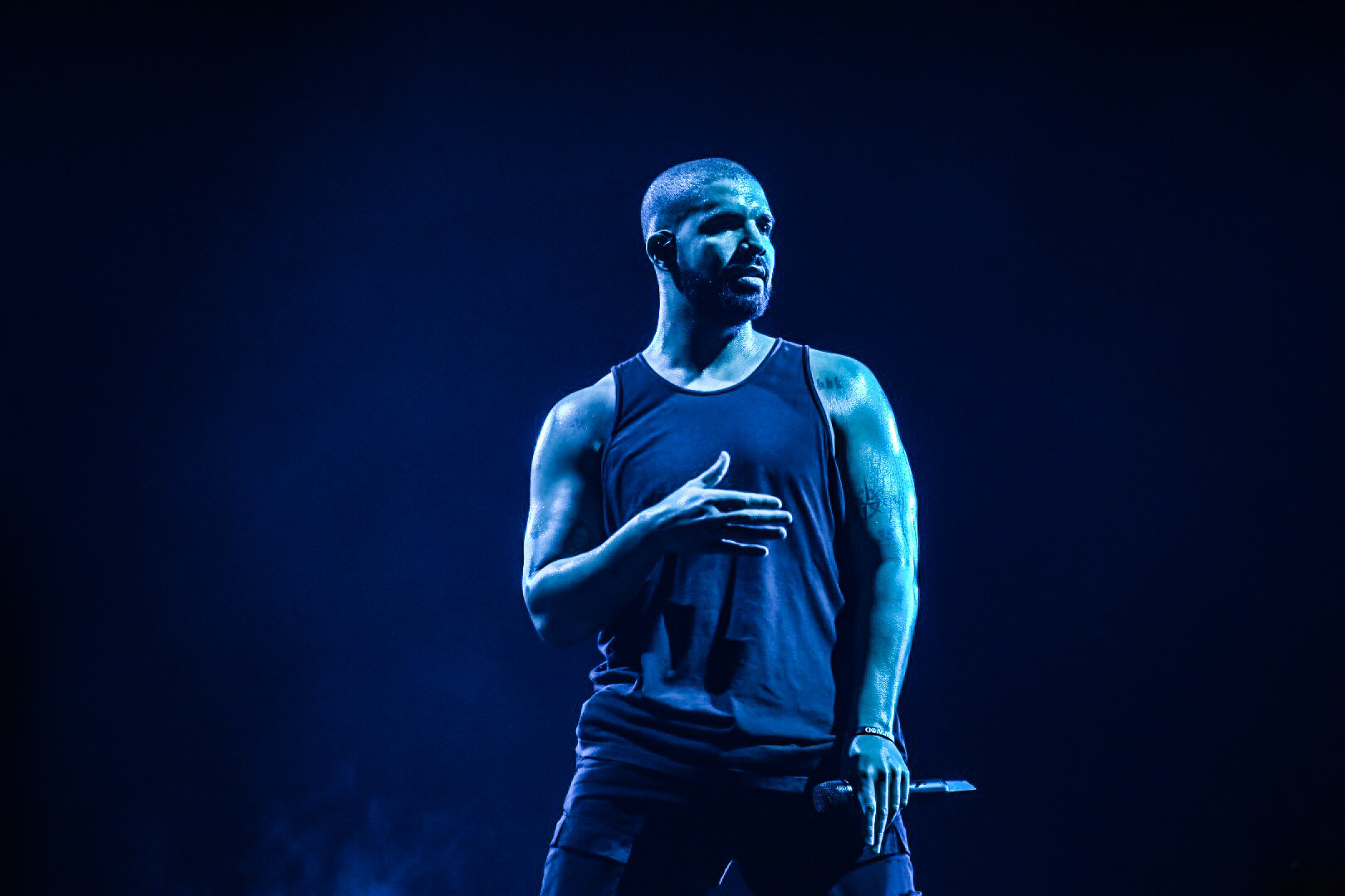 11 - Drake Performs at Glasgow's SSE Hydro as part of The Boy Meets Word Tour - 23-03-17 - Picture By - Calum Buchan Photography.jpg
