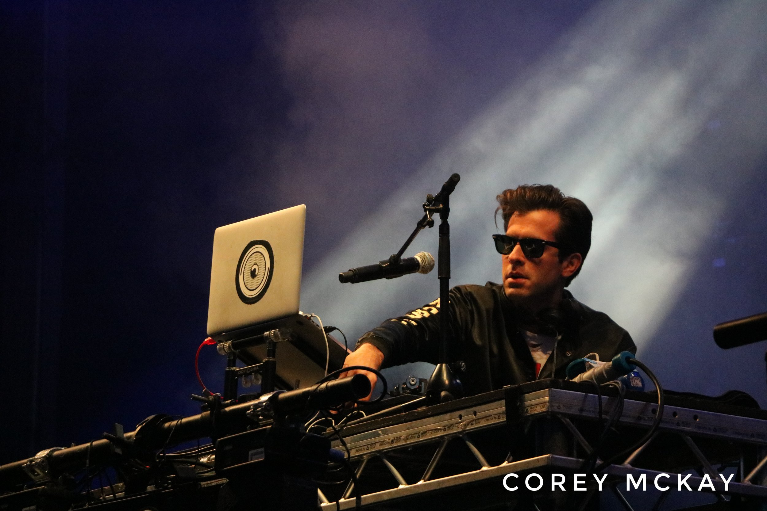MARK RONSON PERFORMING AT CARNIVAL FIXTY SIX FESTIVAL 2017 - 12/08/2017  PICTURE BY: COREY MCKAY PHOTOGRAPHY