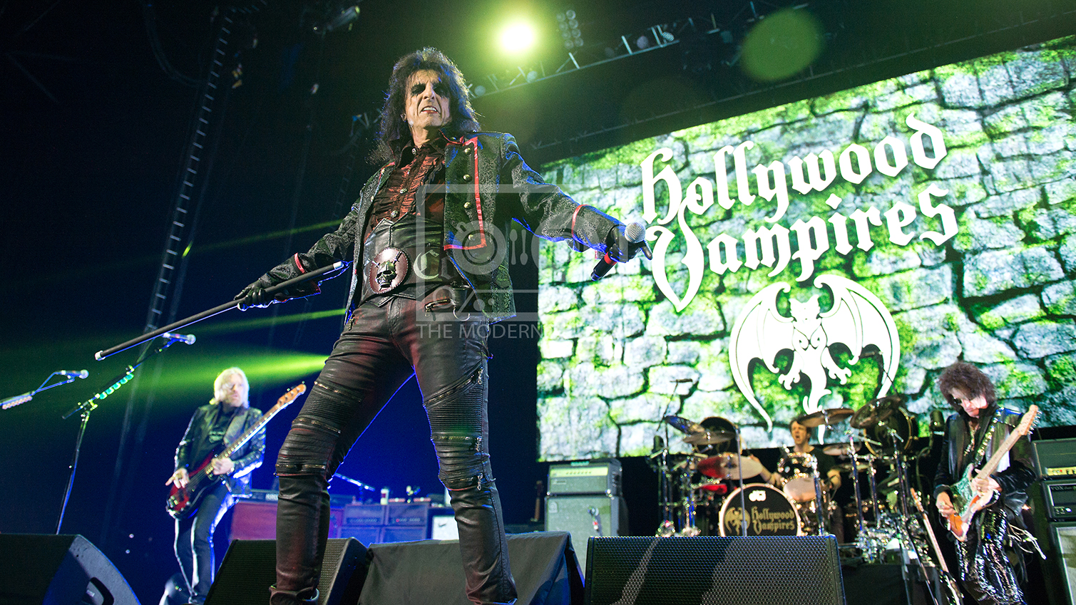 The Hollywood Vampires  At The SSE Hydro, Glasgow19-06-201802.jpg