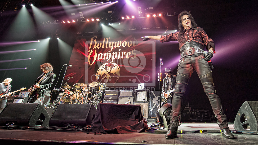 The Hollywood Vampires  At The SSE Hydro, Glasgow19-06-201814.jpg