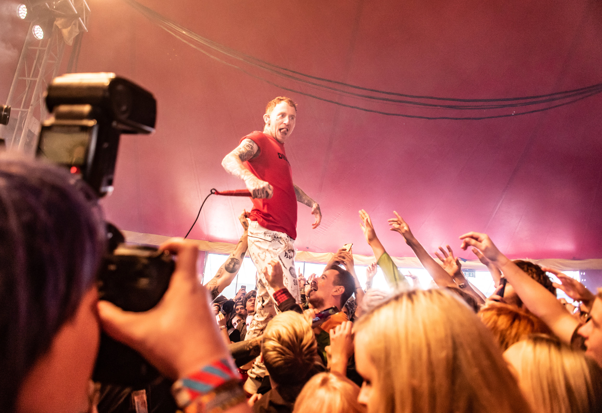 FRANK CARTER & THE RATTLESNAKES PERFORMING AT THE PIT TENT AS THIS YEAR'S SECRET SET AT LEEDS FESTIVAL 2018 - 24.08.2018  PICTURE BY: CALUM BUCHAN PHOTOGRAPHY