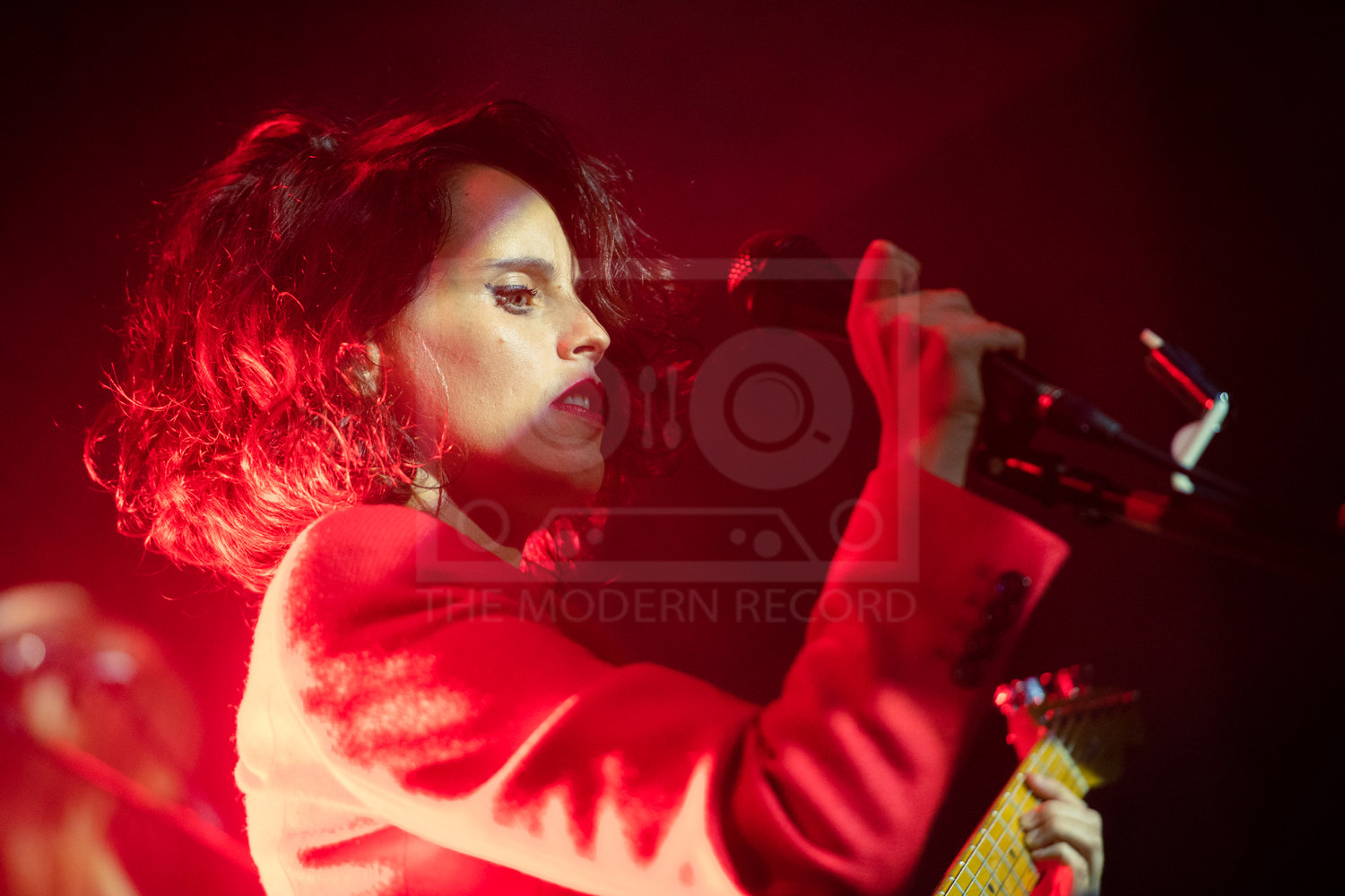 ANNA CALVI PERFORMING AT GLASGOW'S ST. LUKE'S - 30.09.2018  PICTURE BY: ROBERTO RICCUITTI PHOTOGRAPHY