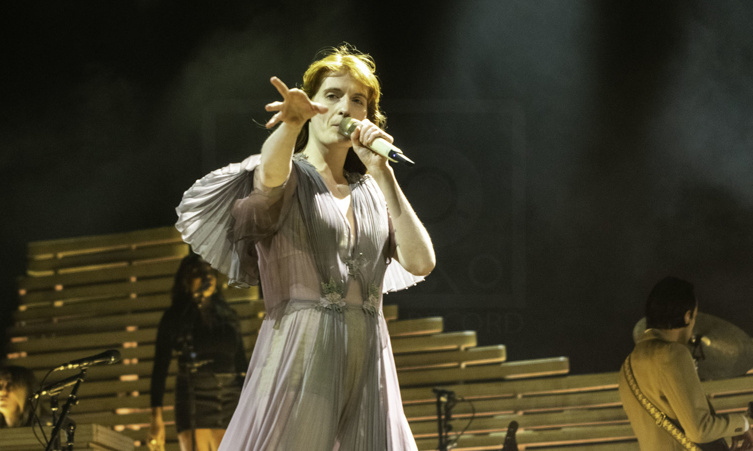 FLORENCE + THE MACHINE PERFORMING AT GLASGOW'S SSE HYDRO - 17.11.2018  PICTURE BY: CALUM BUCHAN PHOTOGRAPHY