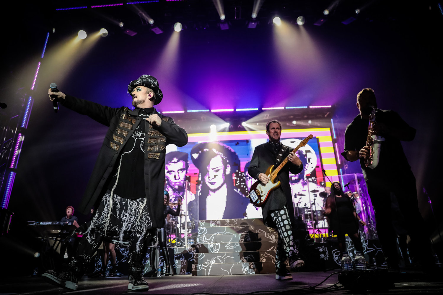 PICTURE BY CULTURE CLUB