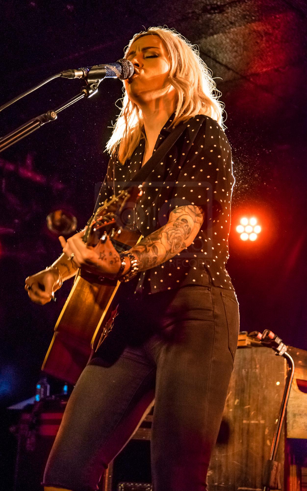 Amy MacDonald King Tuts 30th Nov 2018-14.jpg