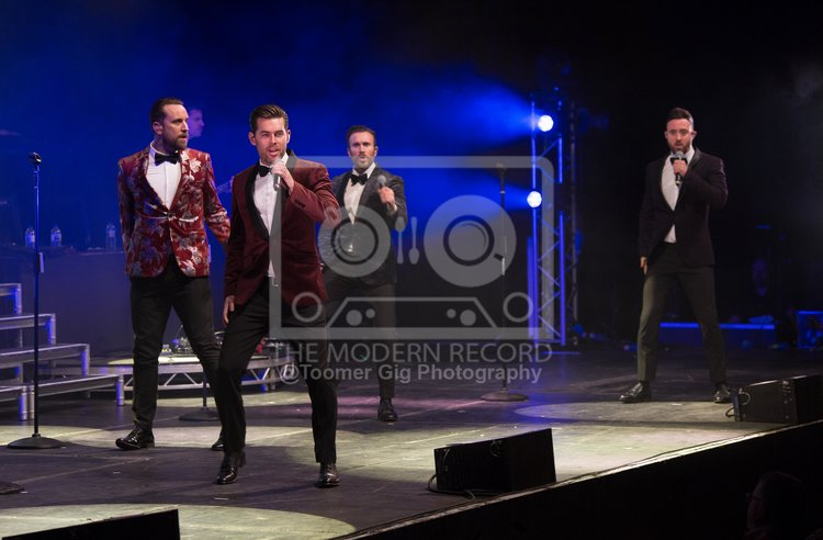 The Overtones - York Barbican - 14.12.18-1.jpg