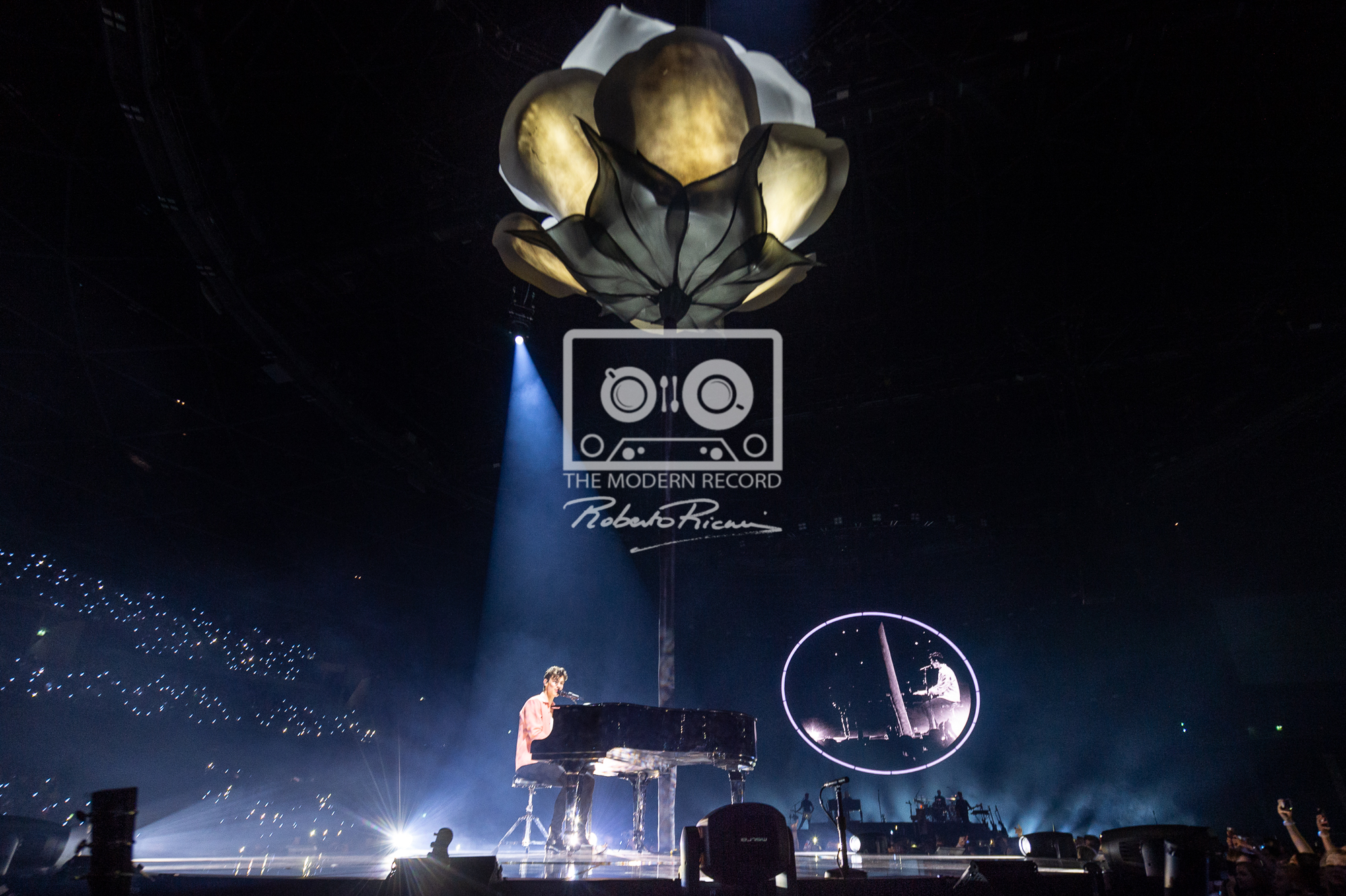 SHAWN MENDES PERFORMING AT GLASGOW'S SSE HYDRO - 06.04.2019  PICTURE BY: ROBERTO RICCIUTI PHOTOGRAPHY