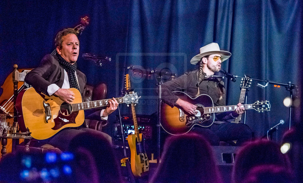 KIEFER SUTHERLAND PERFORMING AT GLASGOW'S COTTIERS - 07.04.2019  PICTURE BY: STEPHEN WILSON PHOTOGRAPHY