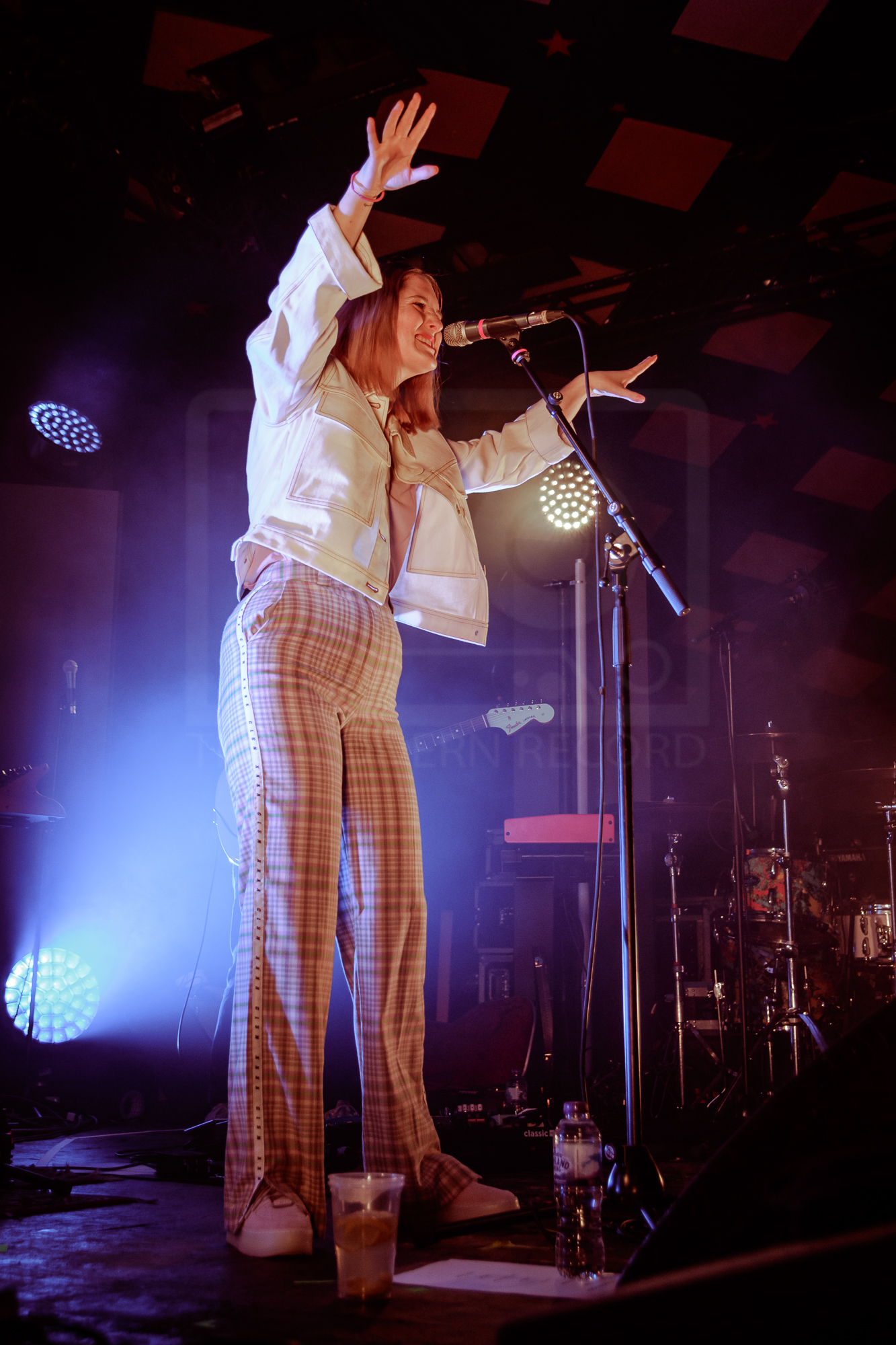 be charlotte - tom walker support - barrowlands 26-4-19-1.jpg