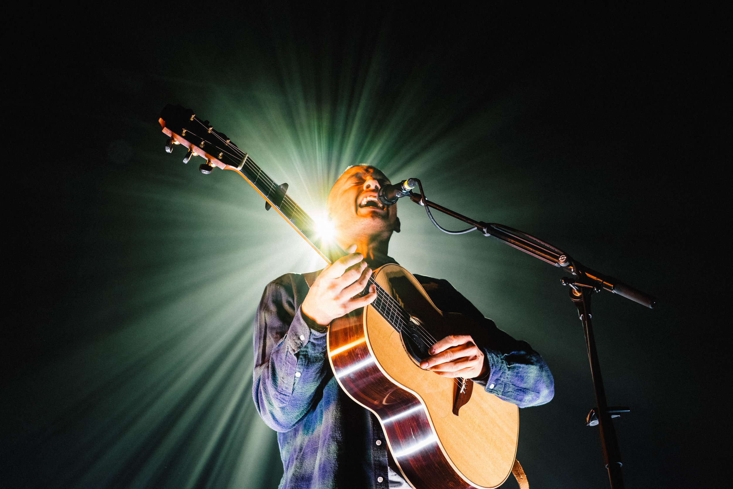 DERMOT KENNEDY PERFORMING AT BIRMINGHAM'S O2 INSTITUTE - 07.05.2019  PICTURE BY: HOLLIE TURNER PHOTOGRAPHY