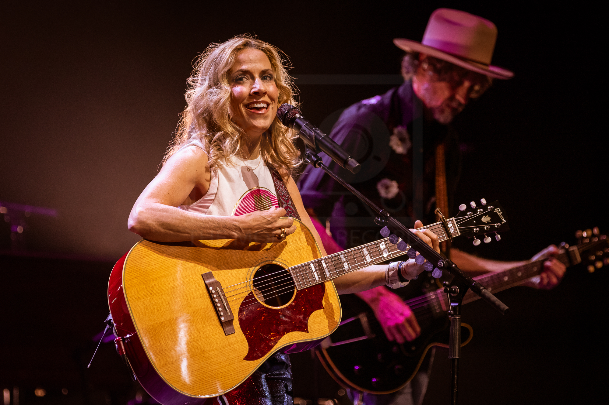 SHERYL CROW PERFORMING AT GLASGOW'S ROYAL CONCERT HALL - 26.06.2019  PICTURE BY: KENDALL WILSON PHOTOGRAPHY