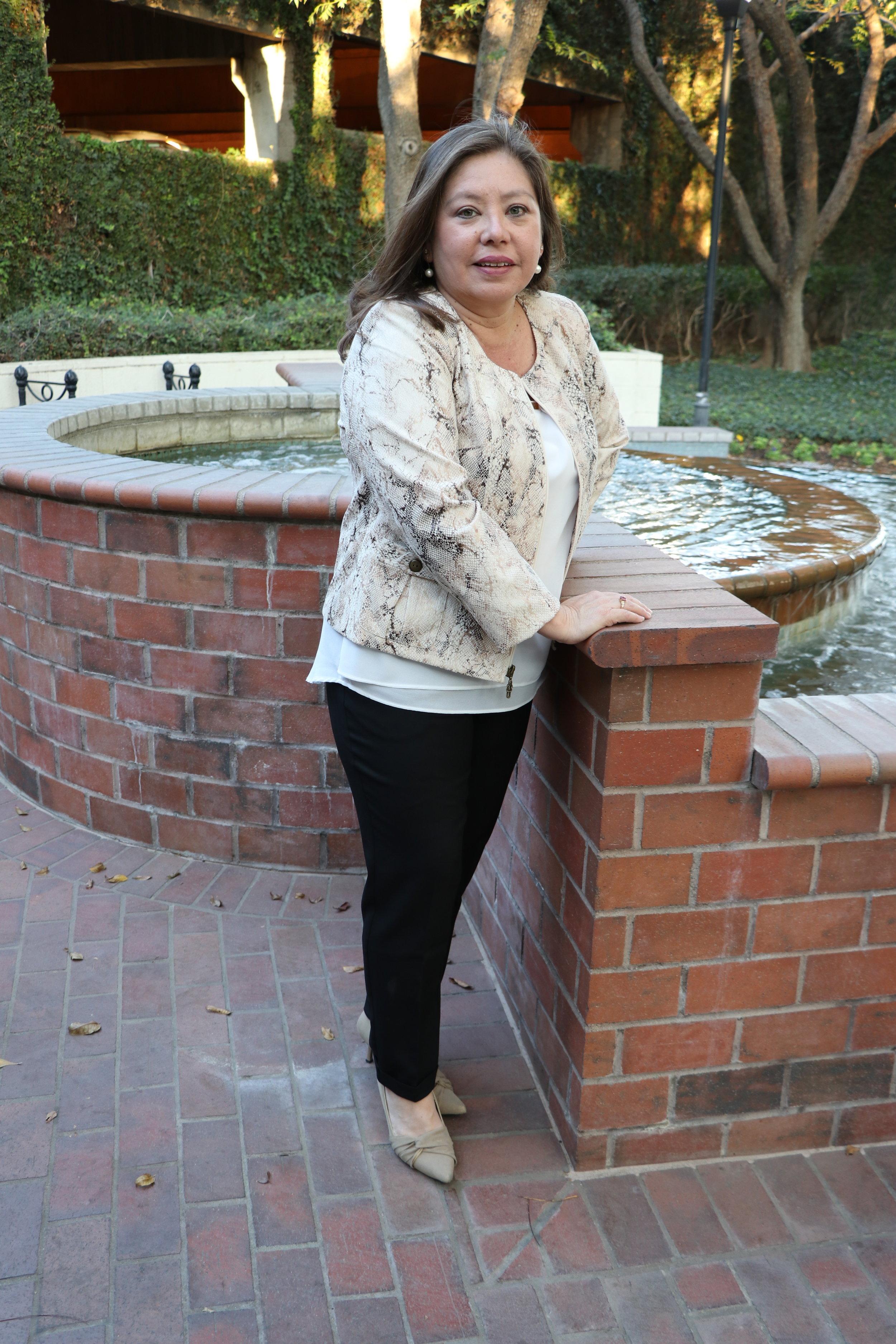 Michelle Rios - Finance & Business Consultant