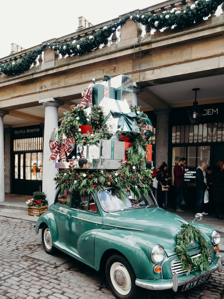 Christmas Bucket List - See the Decorations in London, Covent Garden