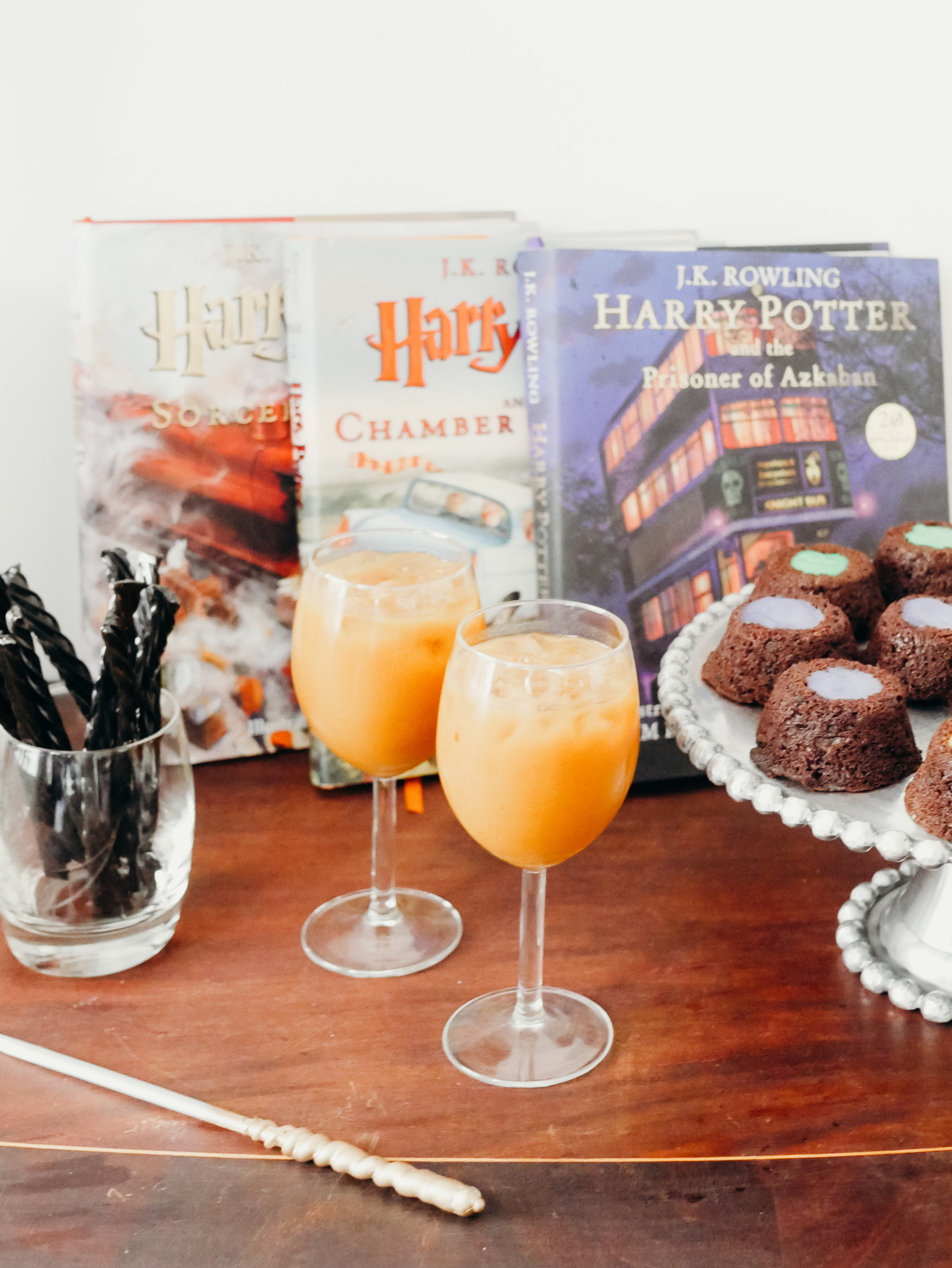 Harry Potter Snacks - Pumpkin Juice, Cauldron Cakes, Licorice Wands