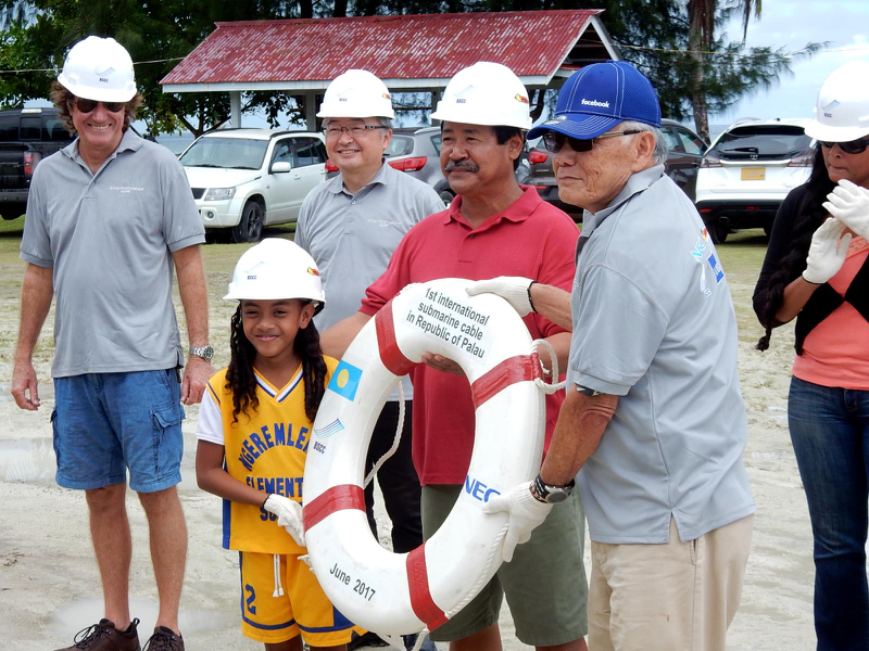 Dignitaries onshore commemorating the first international submarine cable for the Republic of Palau