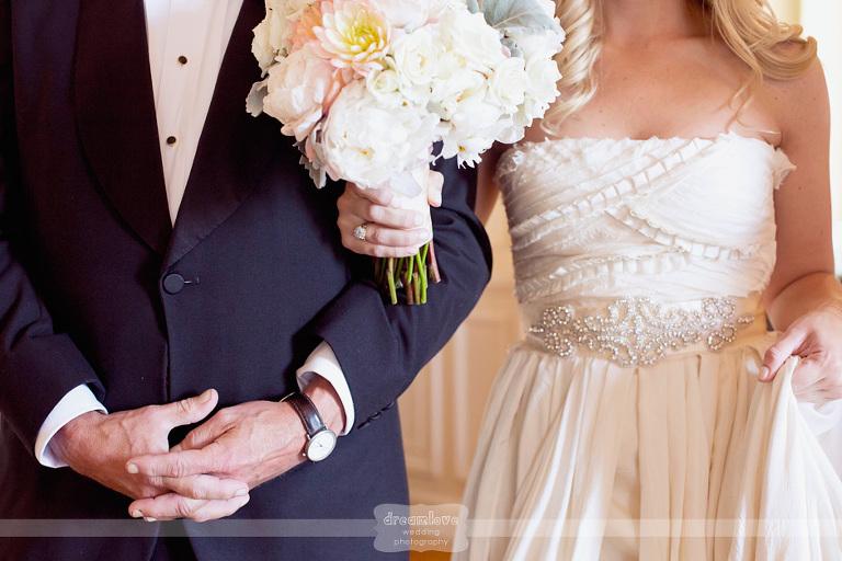 vintage-wedding-glen-manor-ri-01(pp_w768_h512).jpg