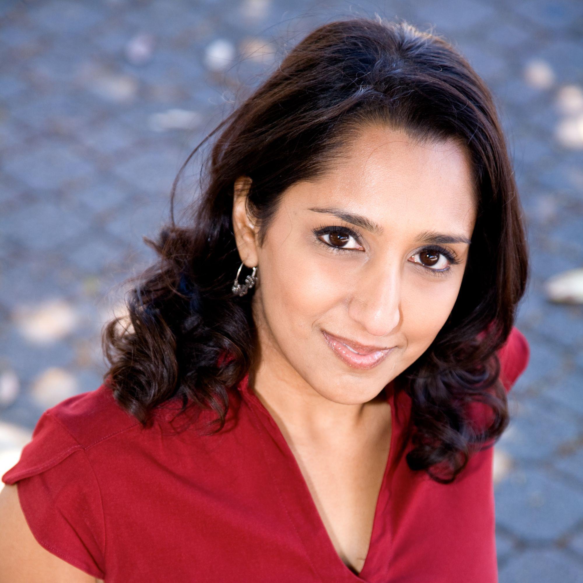 Dhaya Lakshminarayanan  Storyteller/Comedian