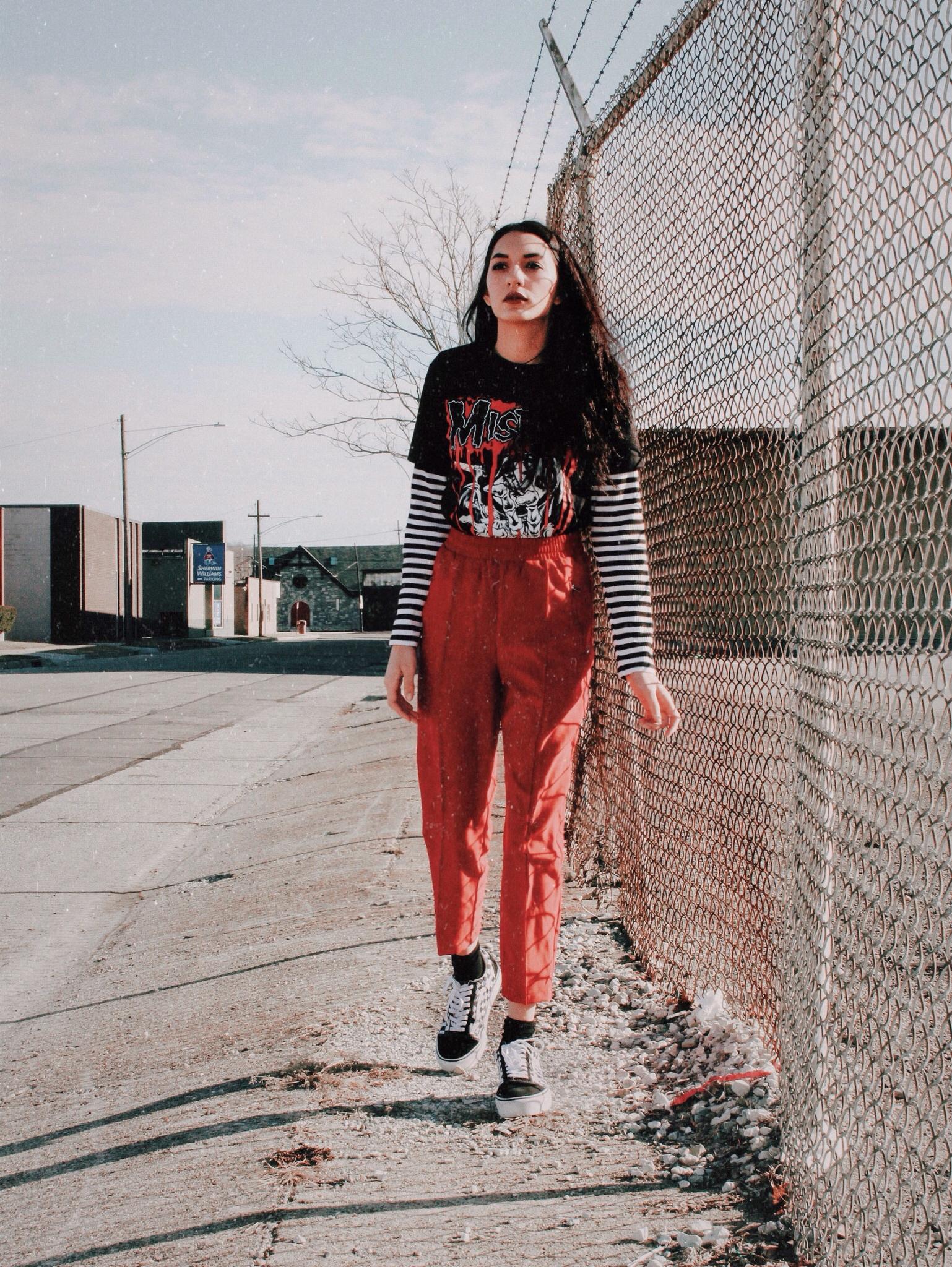 Misfit_Grunge_outfit_Aniyahlationn02