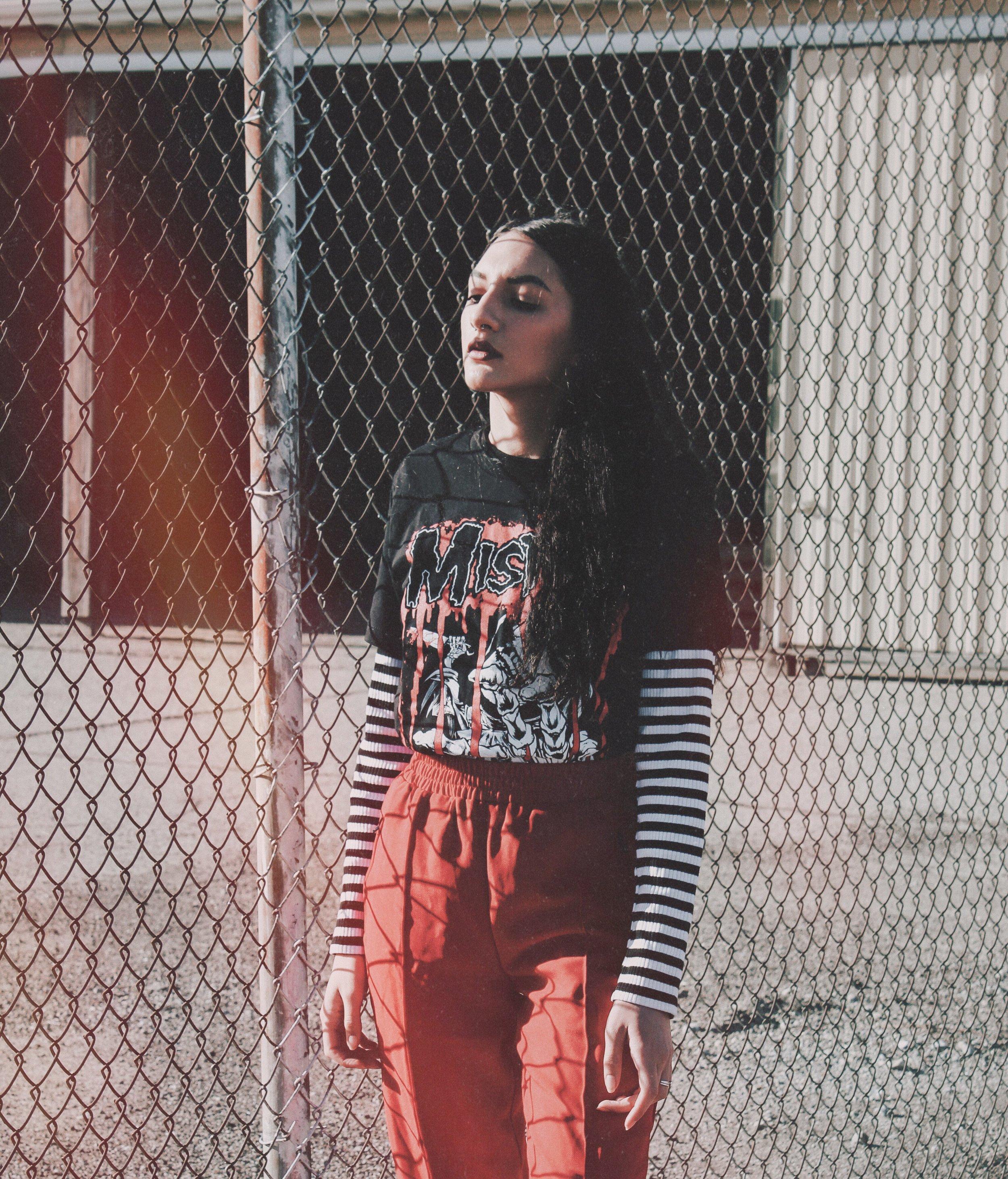 Misfit_Grunge_outfit_Aniyahlationn04