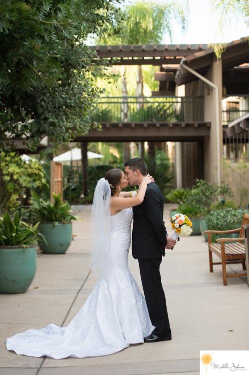 053doubletreebyhiltonclaremontweddingpictures.jpg