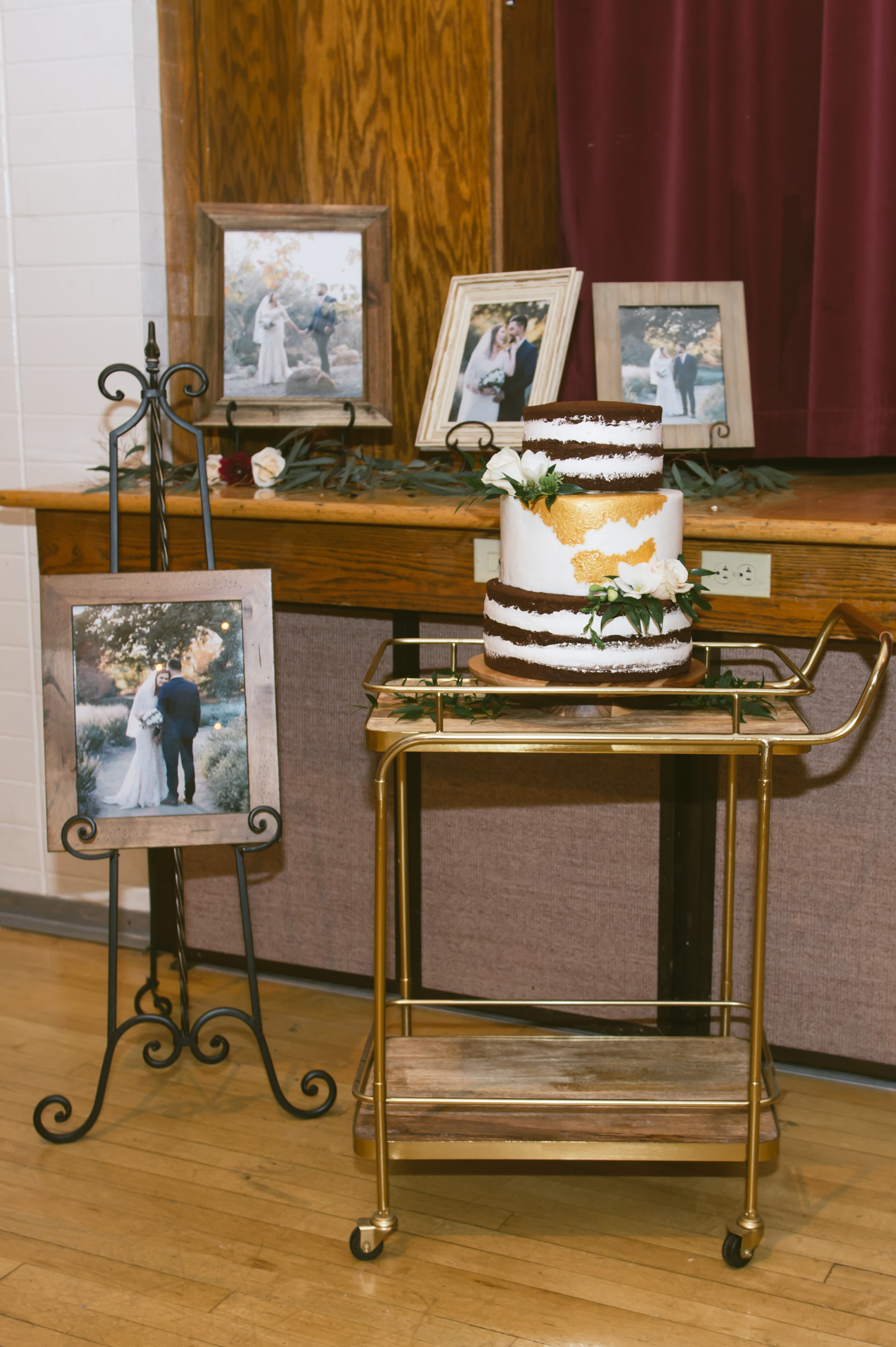 21Newport Beach LDS Temple Wedding Pictures.jpg