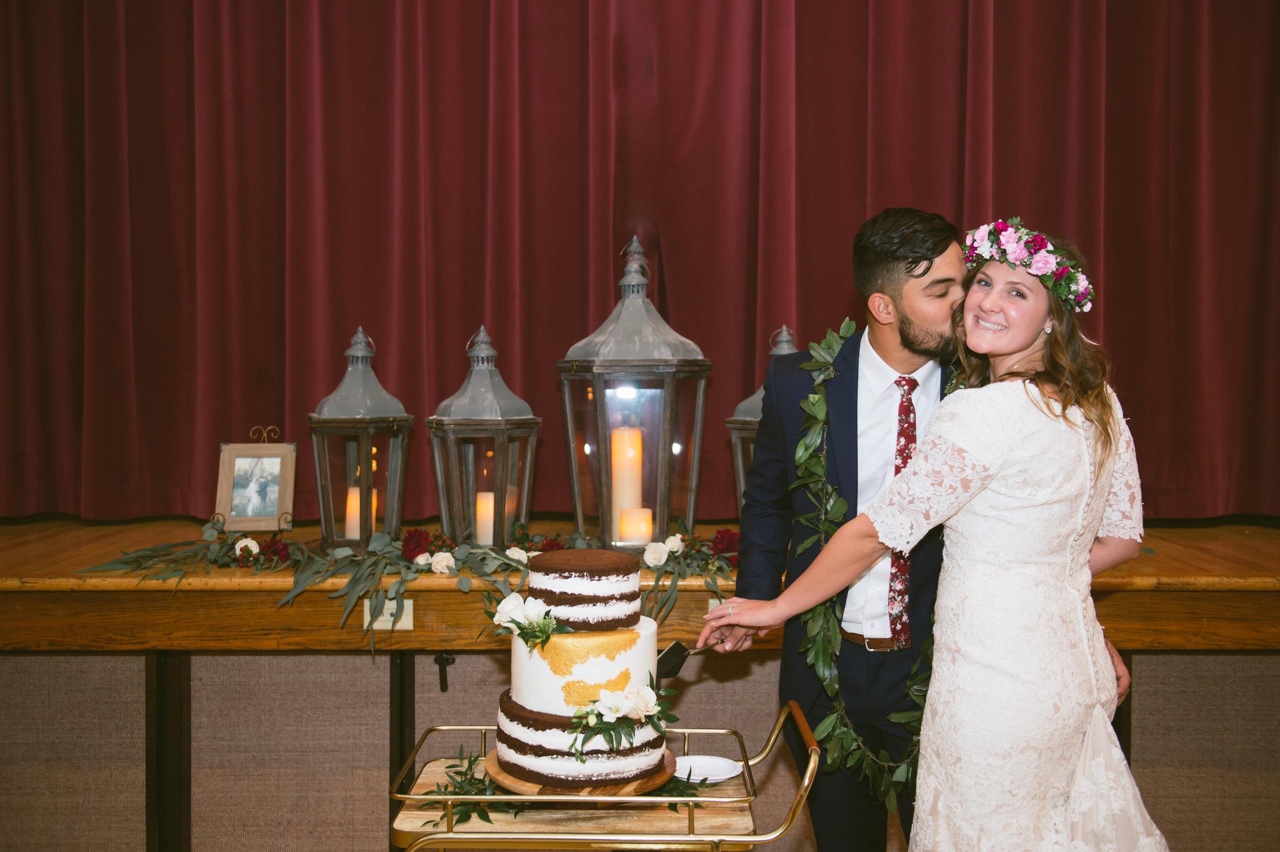 26Newport Beach LDS Temple Wedding Pictures.jpg