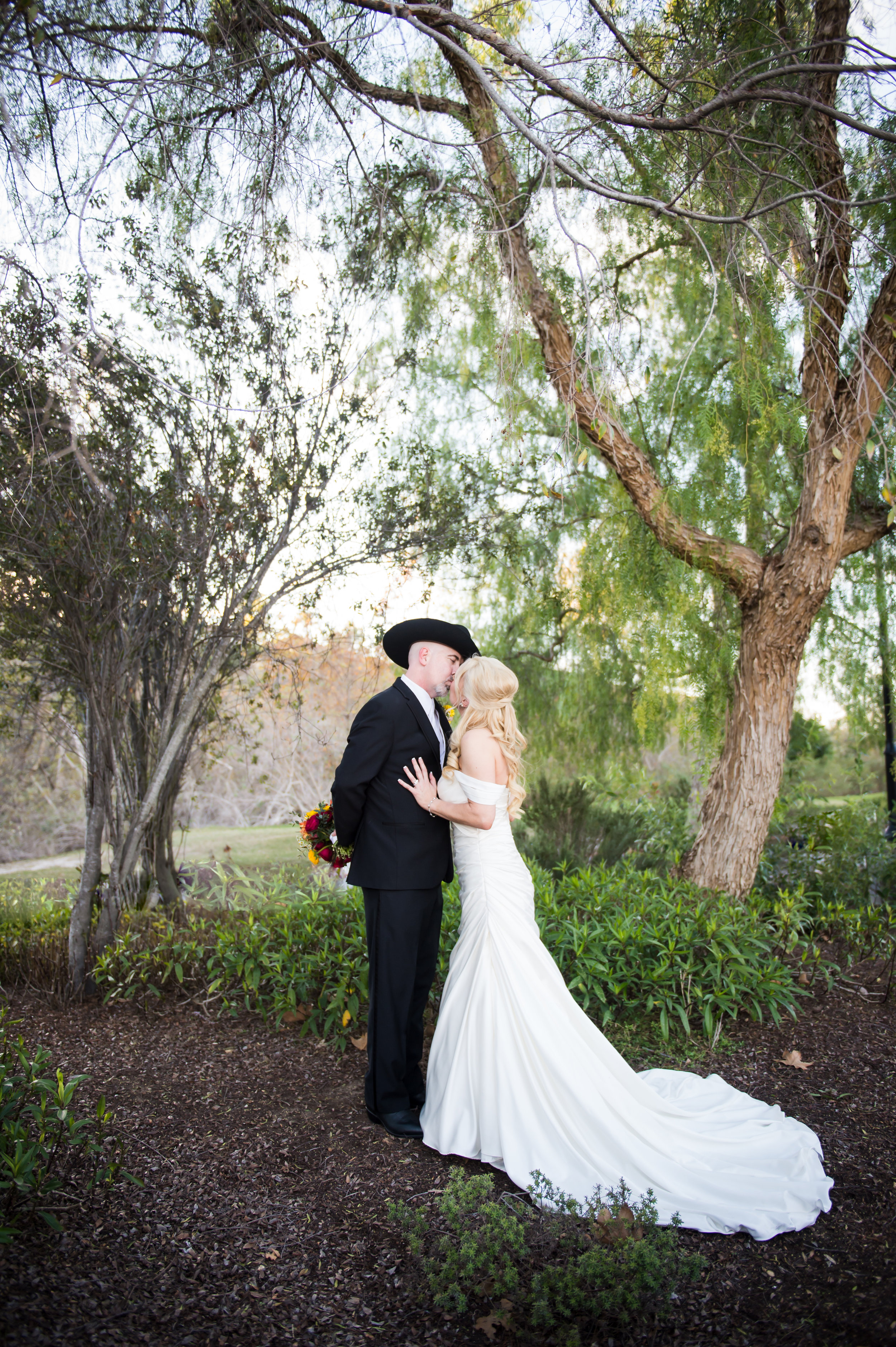 27Strawberry Farms Golf Course Wedding Pictures.jpg