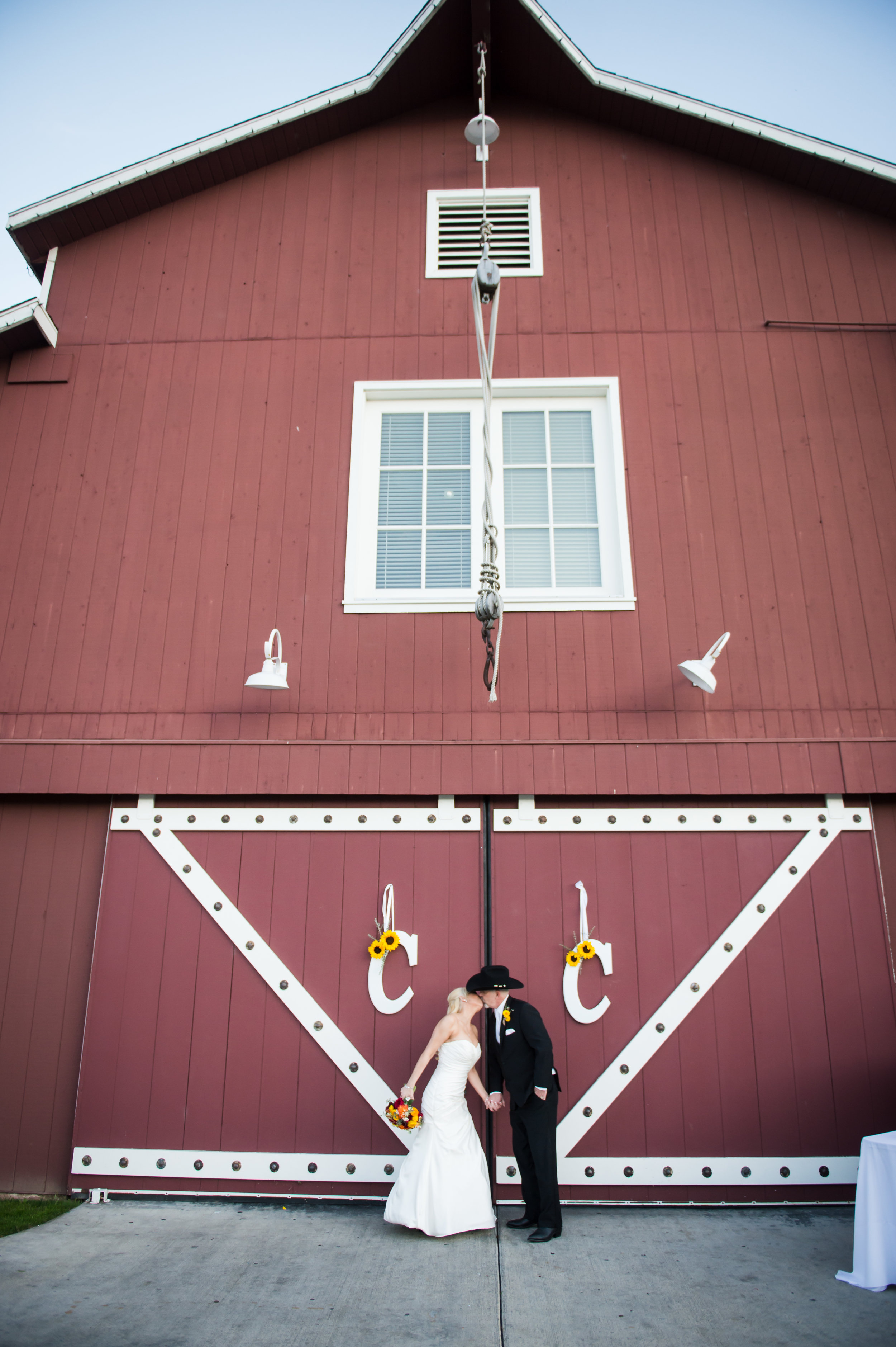 31Strawberry Farms Golf Course Wedding Pictures.jpg